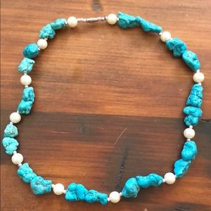 Jewelry - Turquoise and pearl necklace